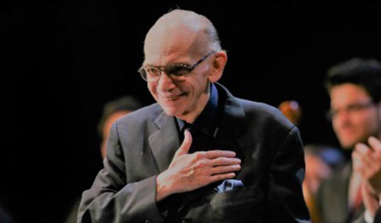 Πέθανε ο μαέστρος Χοσέ Αντόνιο Αμπρέου, ιδρυτής του El Sistema, που άλλαξε τη ζωή χιλιάδων παιδιών