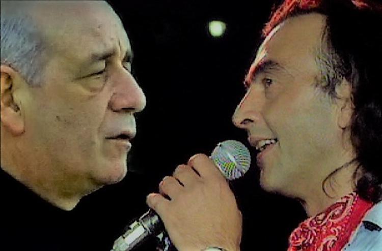 «Σ' αναζητώ στη Σαλονίκη»- «Για το χαμόγελό σου τραγουδώ»