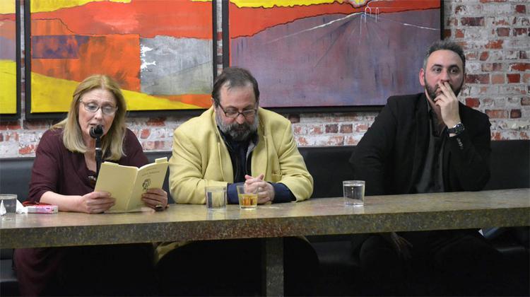 Από αριστερά: Η ηθοποιός Ουρανία Μπασλή, ο ποιητής- στιχουργός Δημήτρης Λέντζος και ο ποιητής-δημοσιογράφος Σπύρος Αραβανής