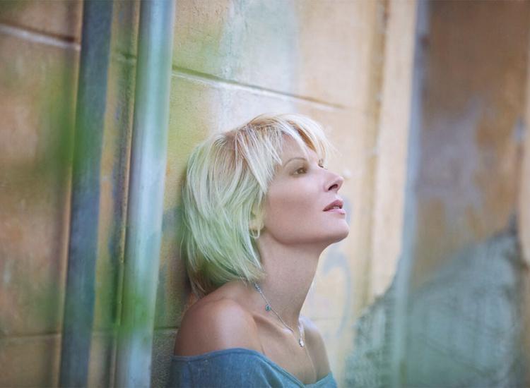 Kατερίνα Ντίνου:«Στη μουσική μου διαδρομή έχω κάνει αυτό που ταιριάζει στον χαρακτήρα και την ηθική μου»