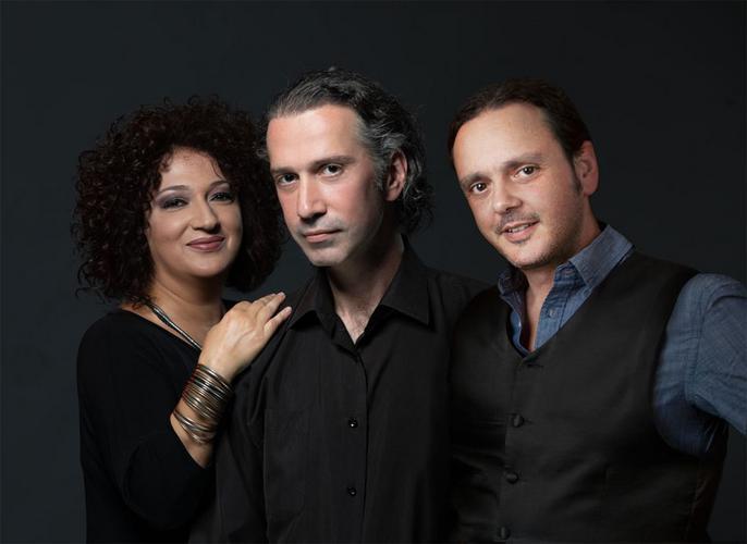Η Ερωφίλη, ο Βασίλης Γισδάκης και ο συνθέτης Δαμιανός Πάντας στη «Σφίγγα»