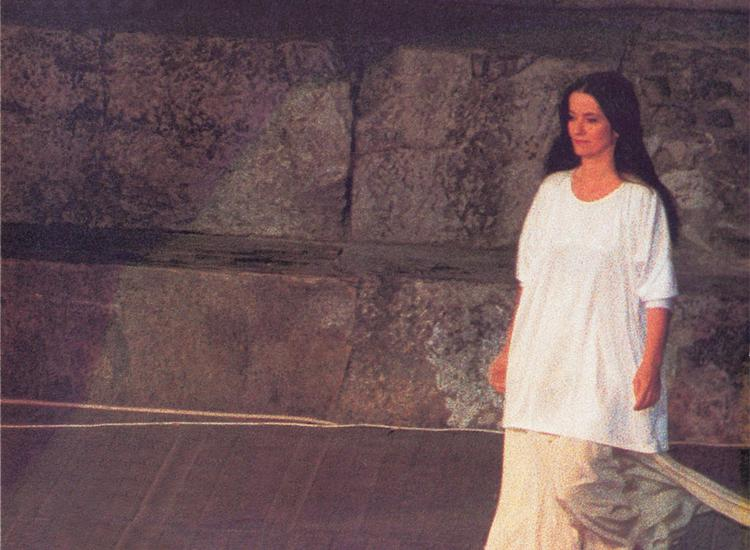 H Ελένη Καραΐνδρου θυμάται...