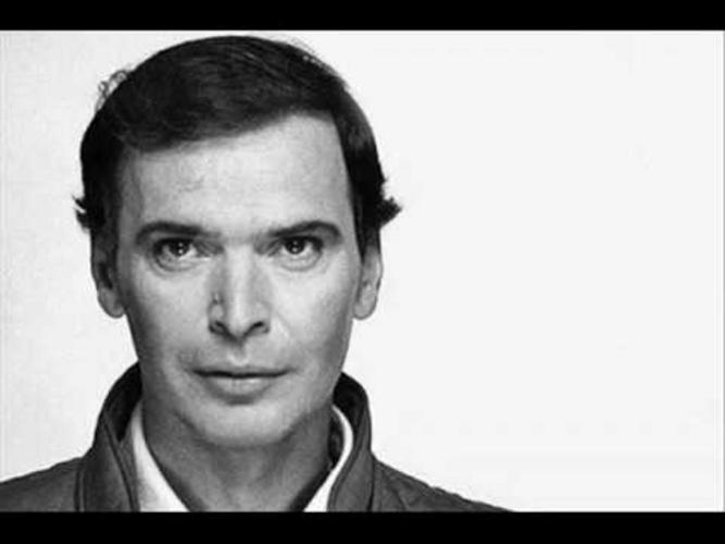 Γιώργος Μαρίνος:«Ο καλλιτέχνης πρέπει να είναι αμφισβητίας και αναρχικός»