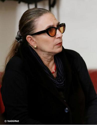 «Να ΄χε η νύχτα άκρη»- Η Λίνα Νικολακοπούλου συναντά την ορχήστρα Smyrna