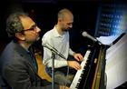 «Καγιαλίκος- Νεοφυτίδης σ' ένα πιάνο»- Μία παράσταση για δυνατούς λύτες!