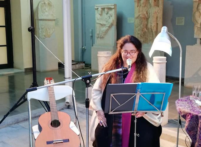 Η Νένα Βενετσάνου για την κατάσταση στο ελληνικό τραγούδι