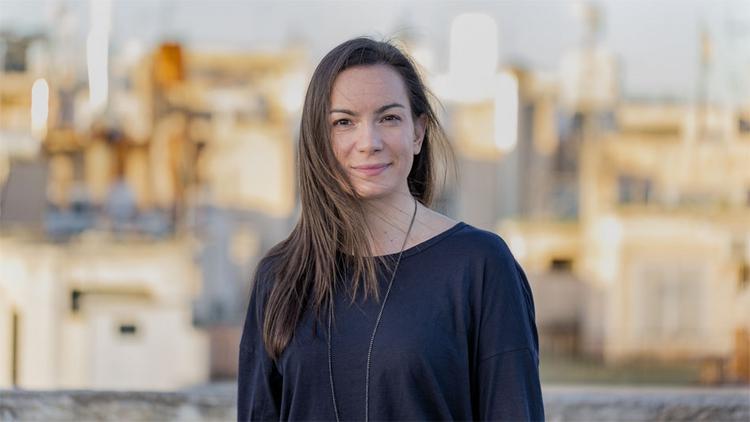 Kωνσταντίνα Πάλλα: «Θέλω να ταυτίζεται ο ακροατής με το τραγούδι μου»