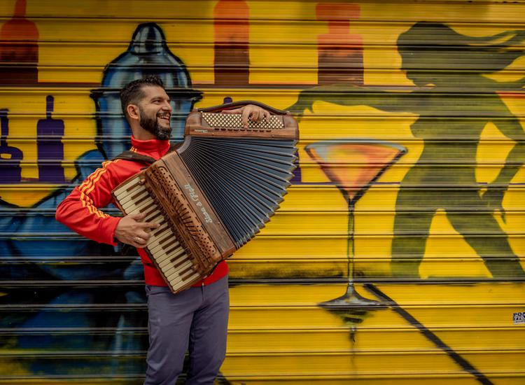 Θάνος Σταυρίδης: «Στην Ελλάδα ζούμε στην παντοκρατορία του τραγουδιού, εντούτοις ο κόσμος είναι πια δεκτικός στην ορχηστρική μουσική»