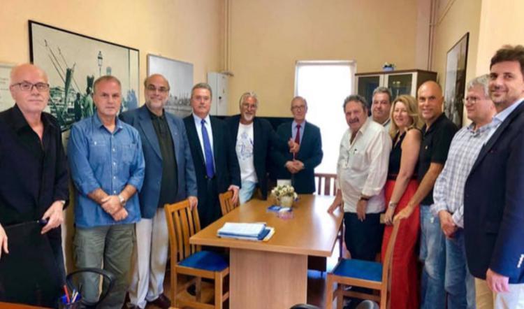 Αλεξανδρος Τζεφεράκος: «Η Δημοτική Ραδιοφωνία του πρώτου λιμανιού της Ευρώπης αξίζει και μπορεί τα καλύτερα!»